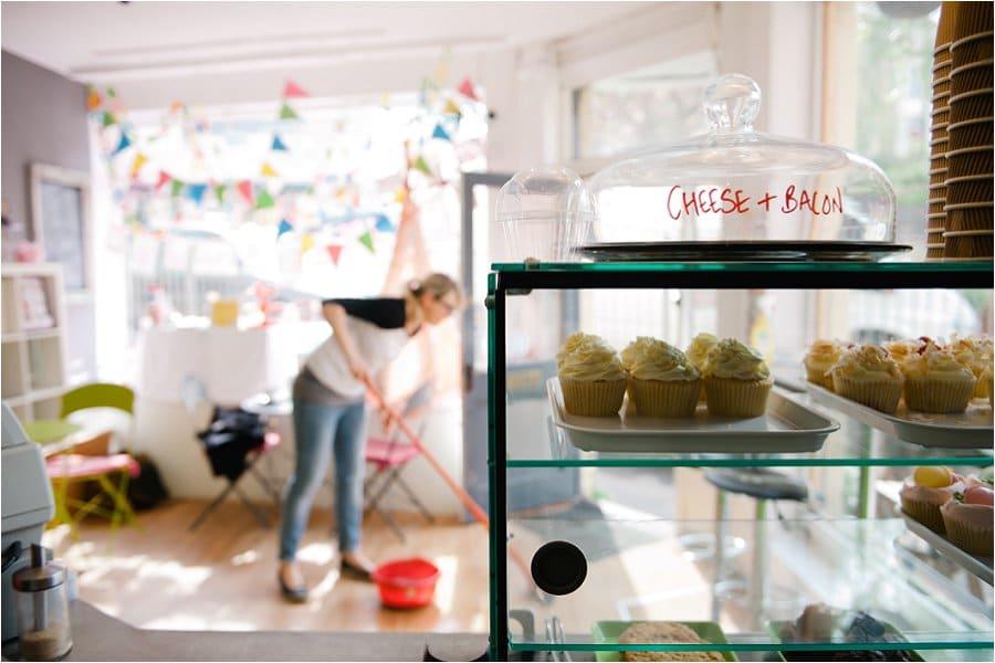 Nom Nom Cupcakery shop life photo