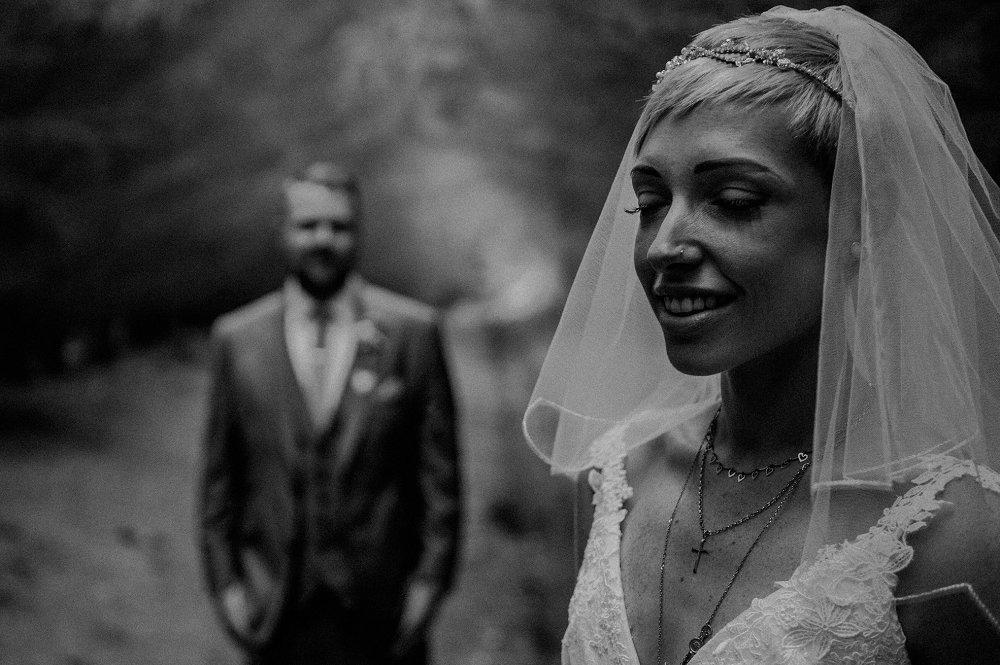 Wyldwoods modern wedding photography