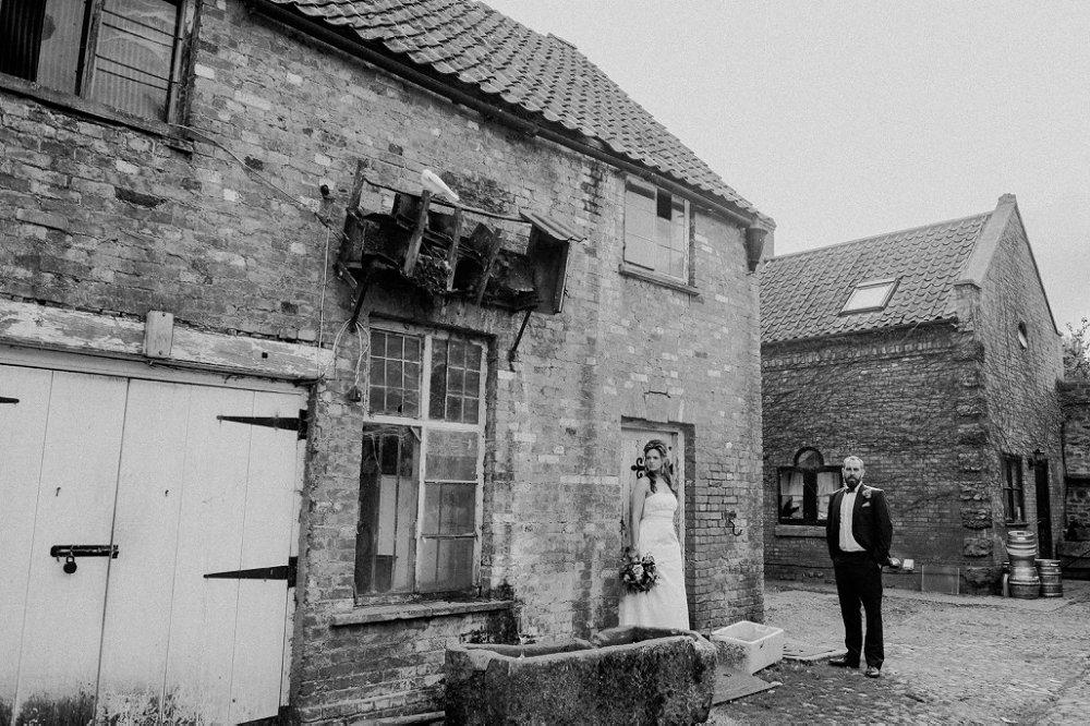 Maunsel House unique wedding portraits
