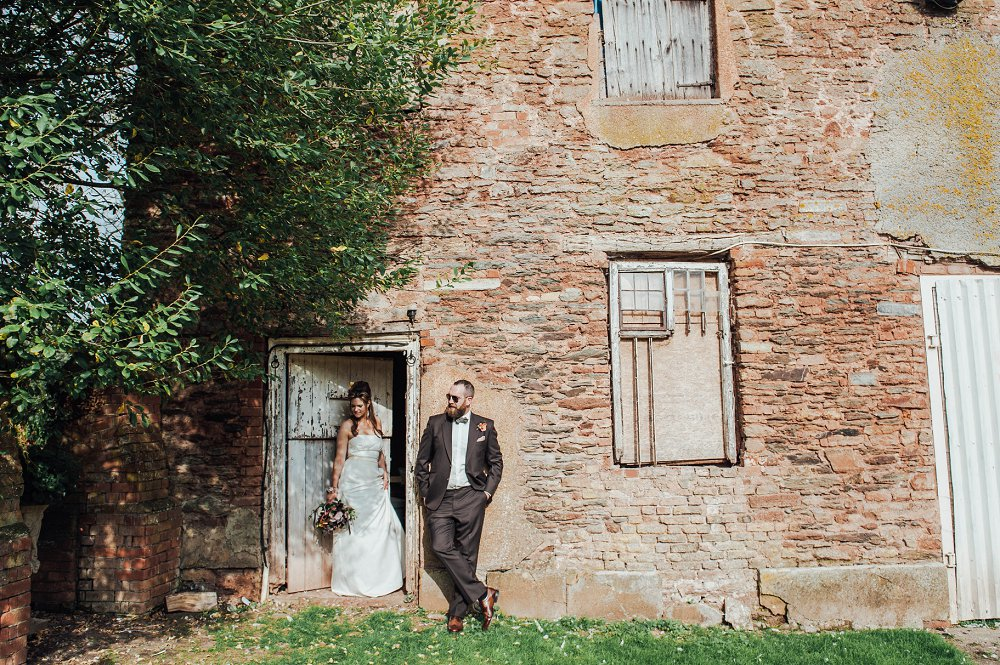 Maunsel House bride and groom portraits