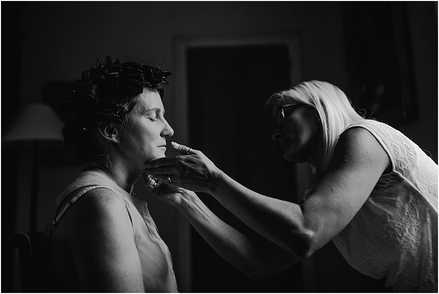 Chateau de Cazenac bride during prep photo