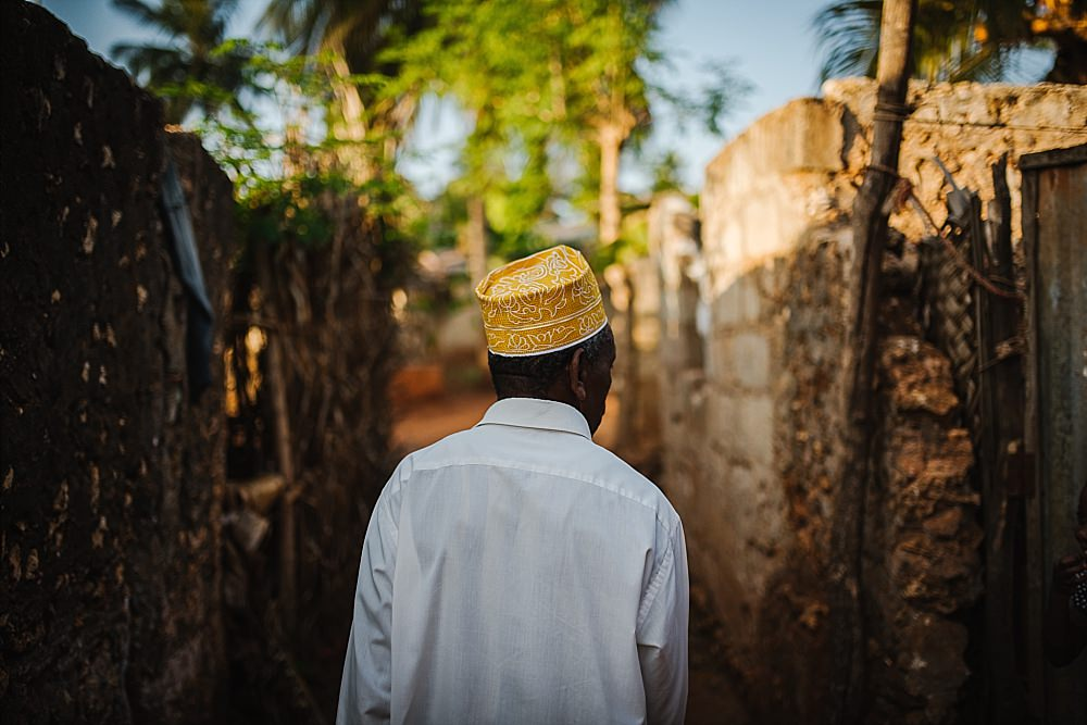 Personal photography blog Zanzibar traditional hat