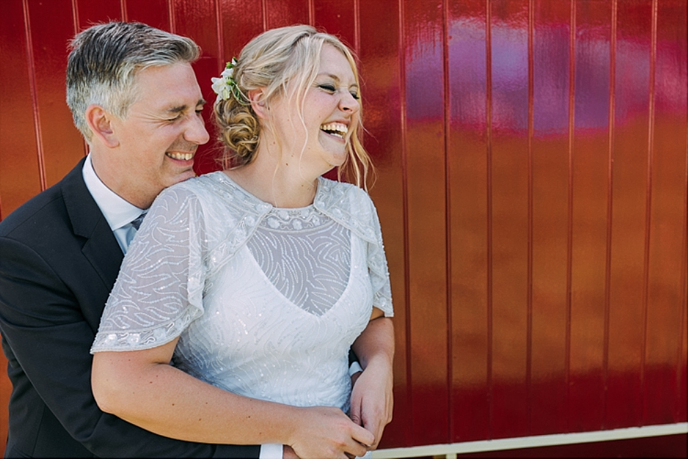 tetbury-wedding-photographer-holford-arms-shepherds-hut