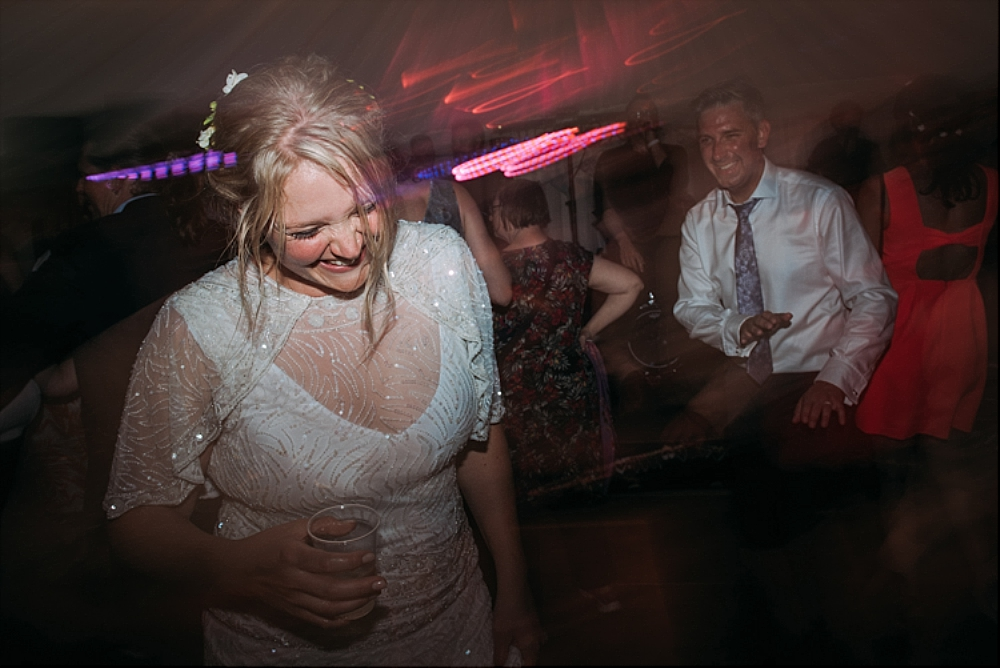 tetbury-wedding-photographer-holford-arms-pub-venue