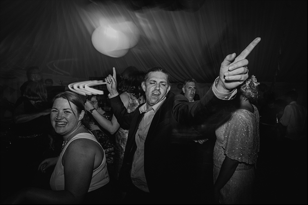 tetbury-wedding-photographer-holford-arms-dancing
