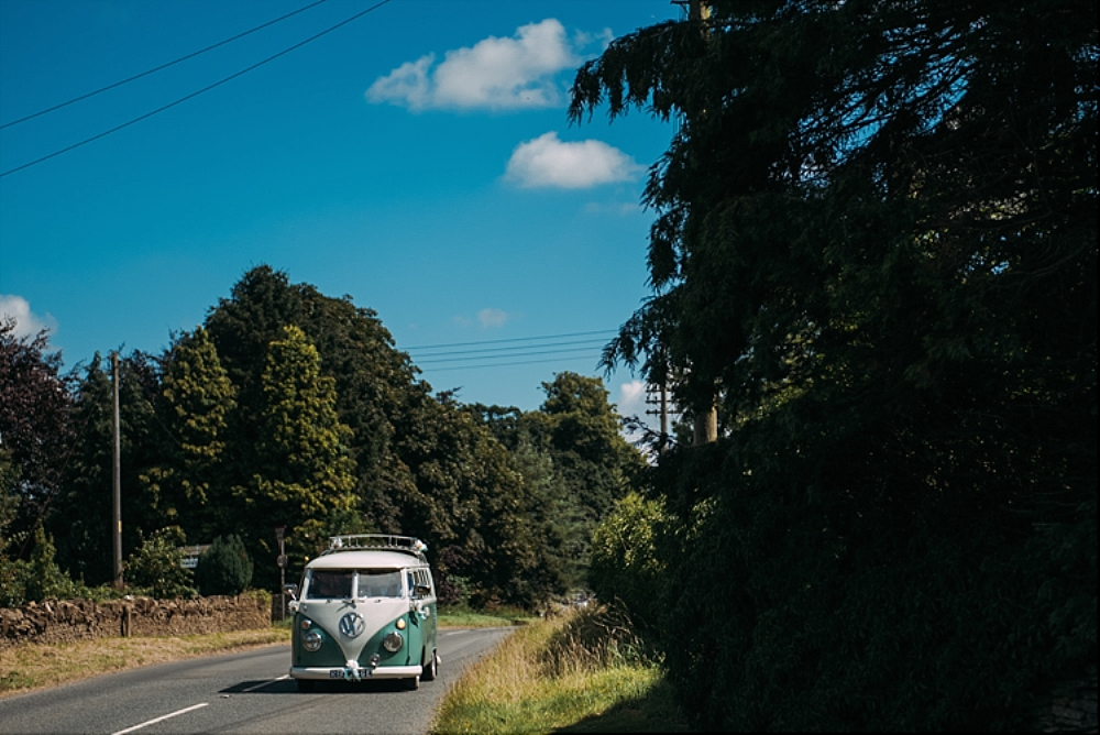 tetbury-wedding-photographer-classic campervan