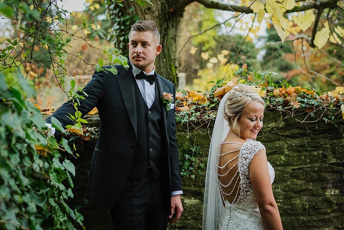 Kingscote Barn bride and groom