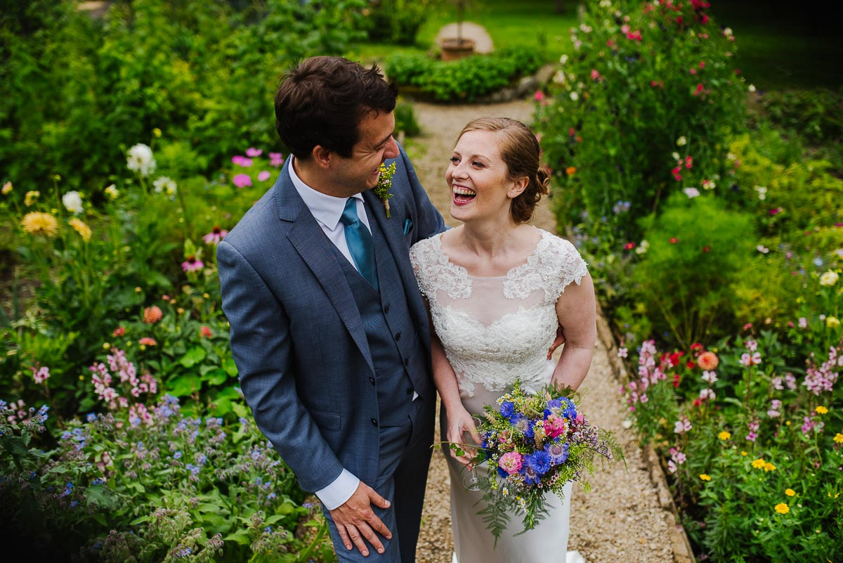 Gloucestershire wedding photos flowers garden
