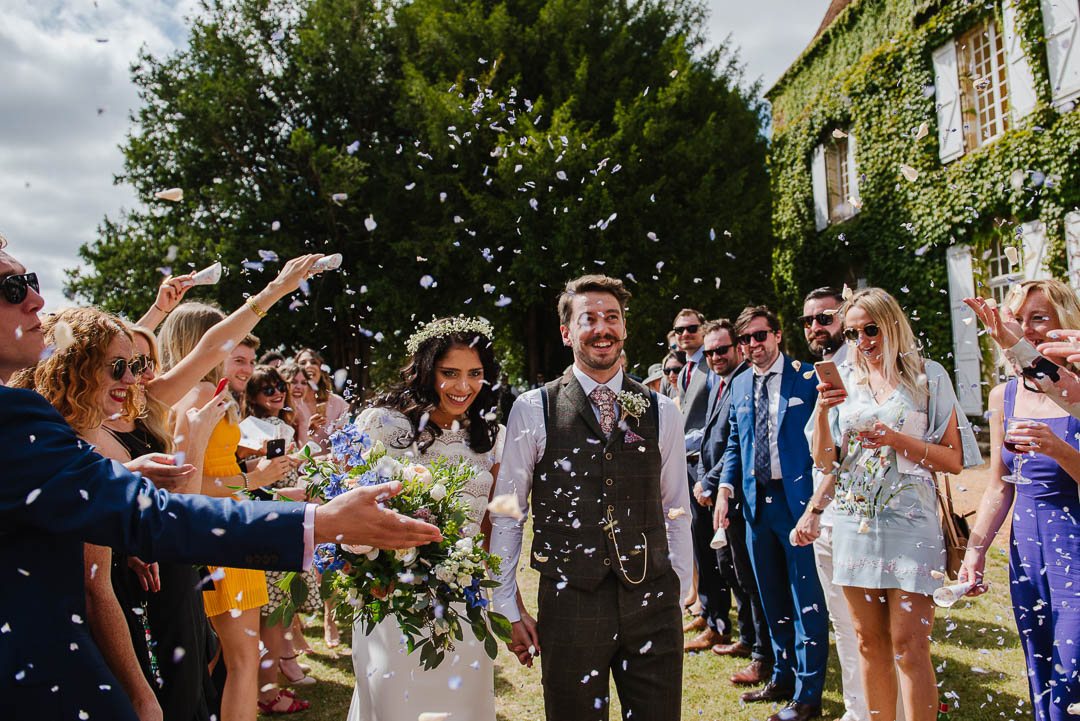 confetti photo france fairytale venue