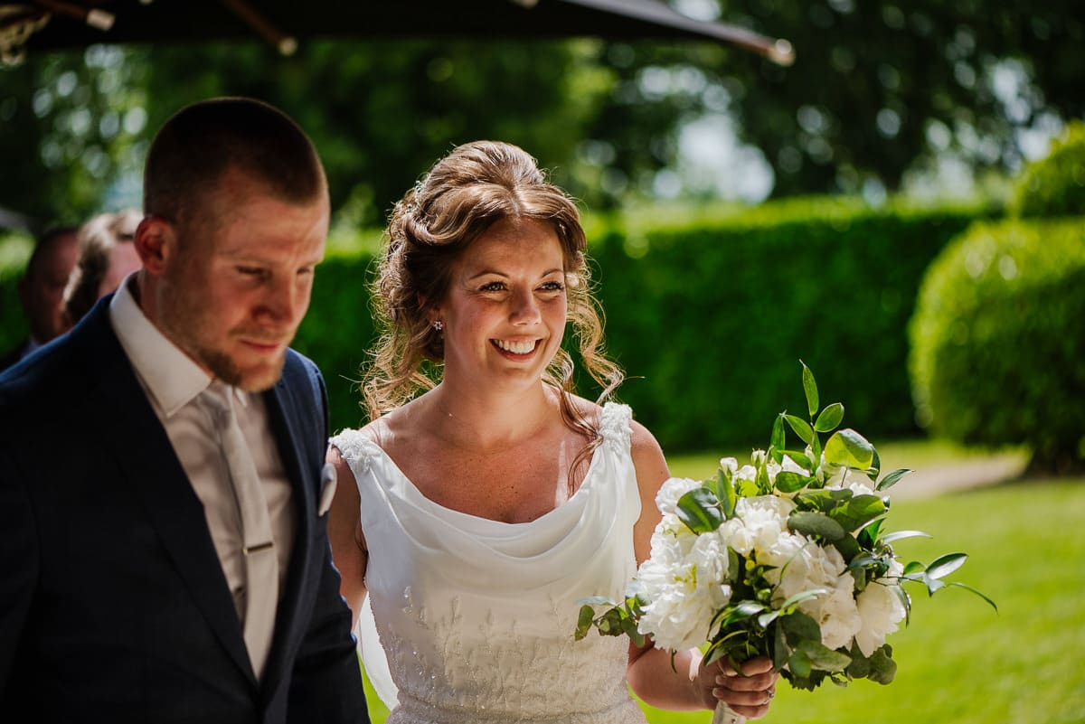 Chateau les merles wedding photo