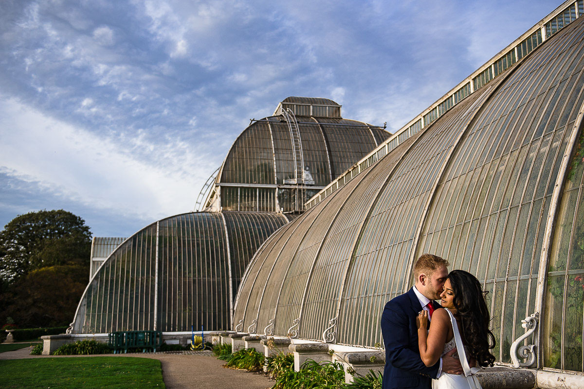 Kew Gardens bride and groom London wedding