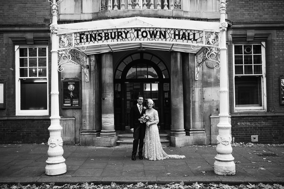 17Emma Isaac Finsbury Town Hall London Wedding Photos