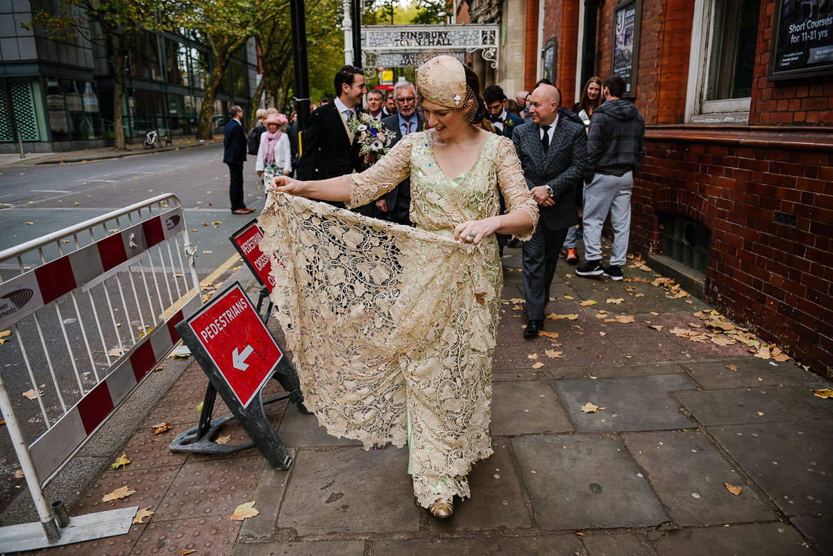 8Emma Isaac Finsbury Town Hall London Wedding Photos