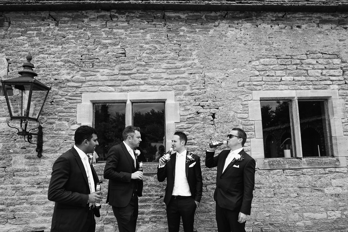 05oxleaze barn wedding photos