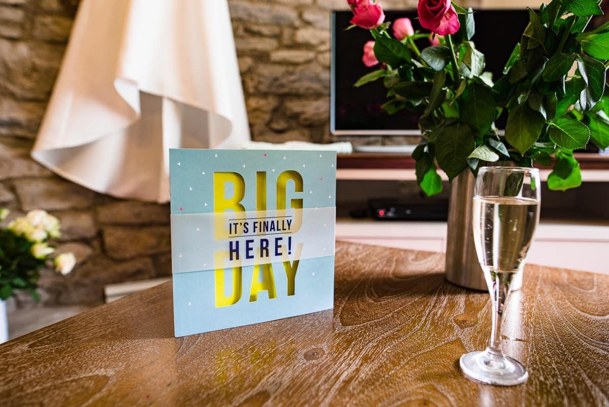 001Clearwell castle wedding photos Jonny Barratt Photography