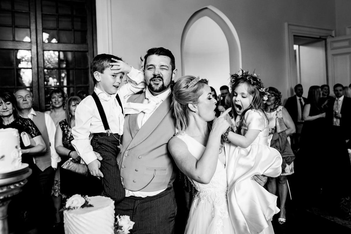 018Clearwell castle wedding photos Jonny Barratt Photography