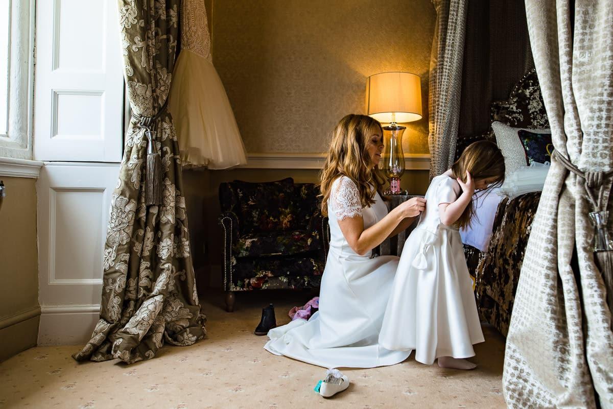 029Clearwell castle wedding photos Jonny Barratt Photography