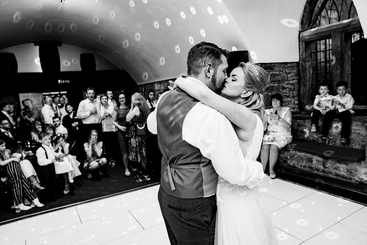 030Clearwell castle wedding photos Jonny Barratt Photography