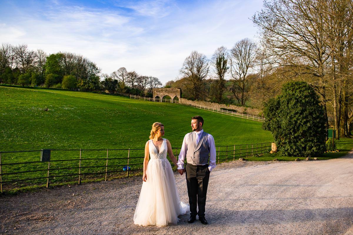 034Clearwell castle wedding photos Jonny Barratt Photography
