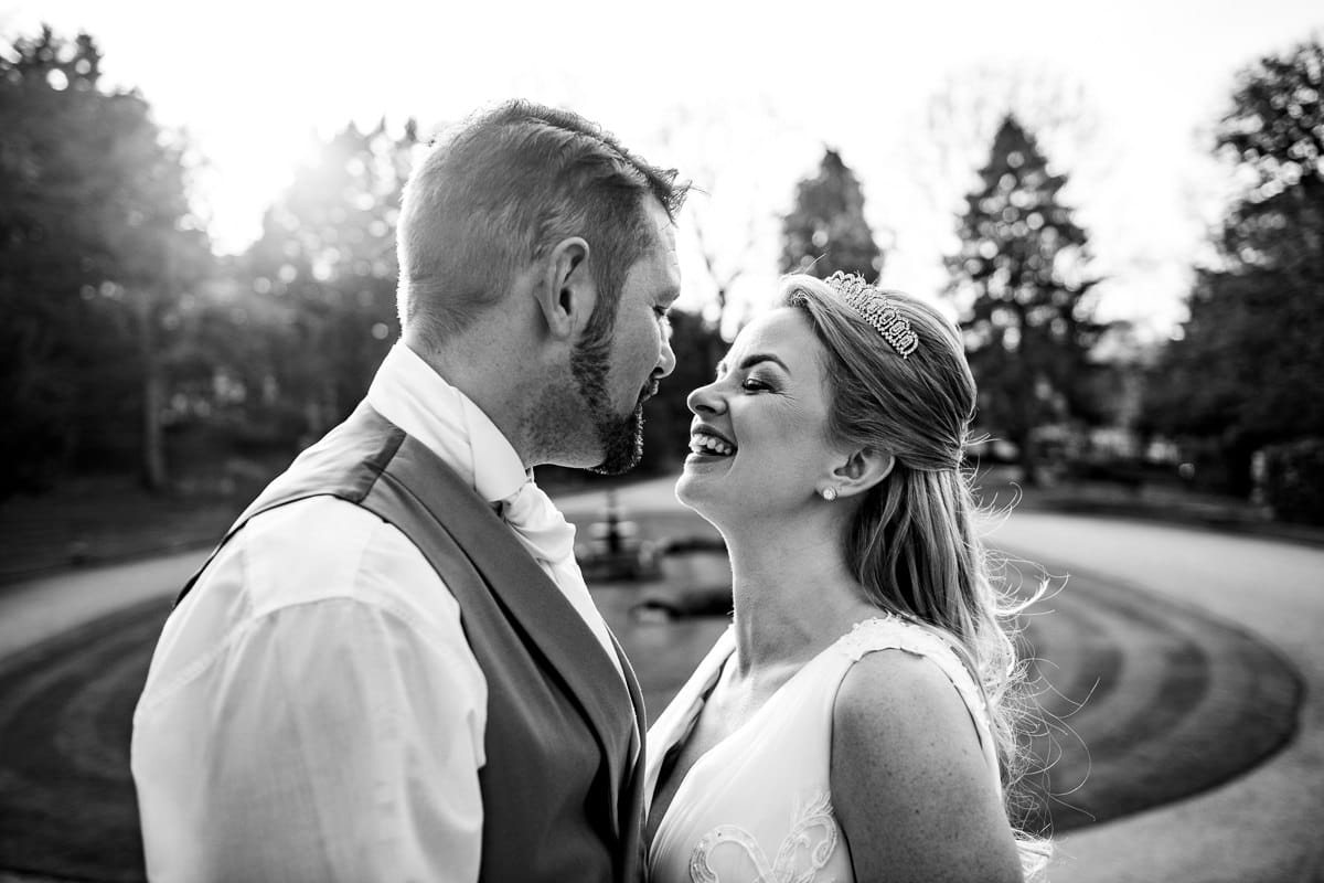 044Clearwell castle wedding photos Jonny Barratt Photography