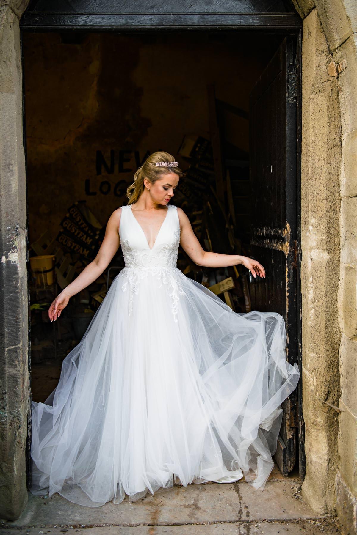 049Clearwell castle wedding photos Jonny Barratt Photography
