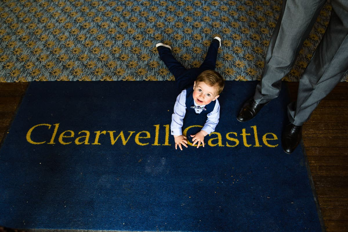 064Clearwell castle wedding photos Jonny Barratt Photography