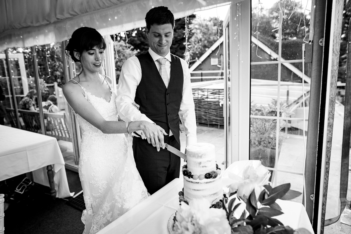 43Alejandra Jonny Cherwell Boathouse wedding photos