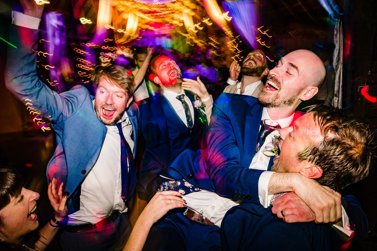 11Best documentary wedding photos
